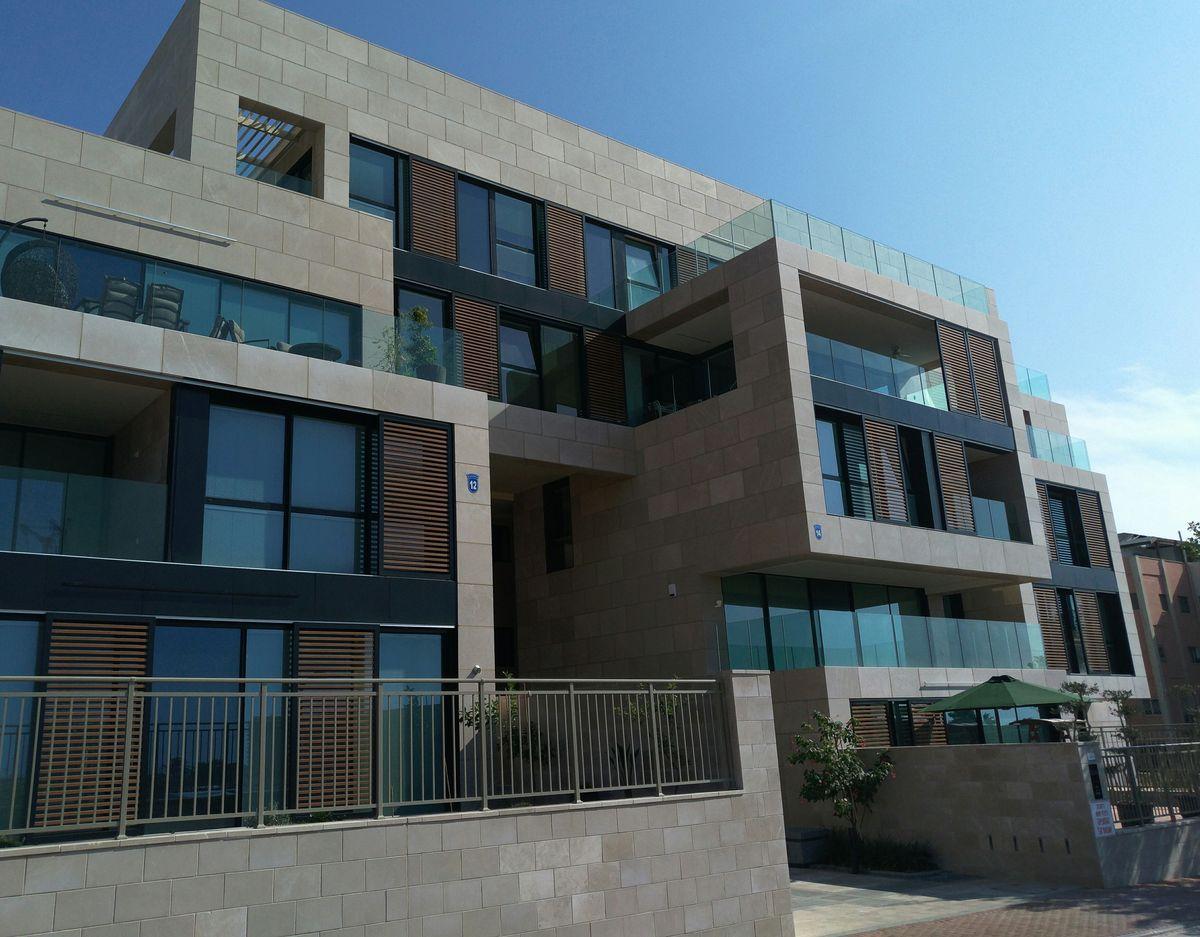 marina in Herzliya result